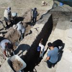 antik cagin hac merkezindeki kazilarda yillik sikke ve kemik tokalar ortaya cikti adb