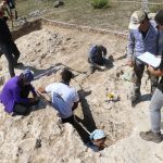 antik cagin hac merkezindeki kazilarda yillik sikke ve kemik tokalar ortaya cikti eebca