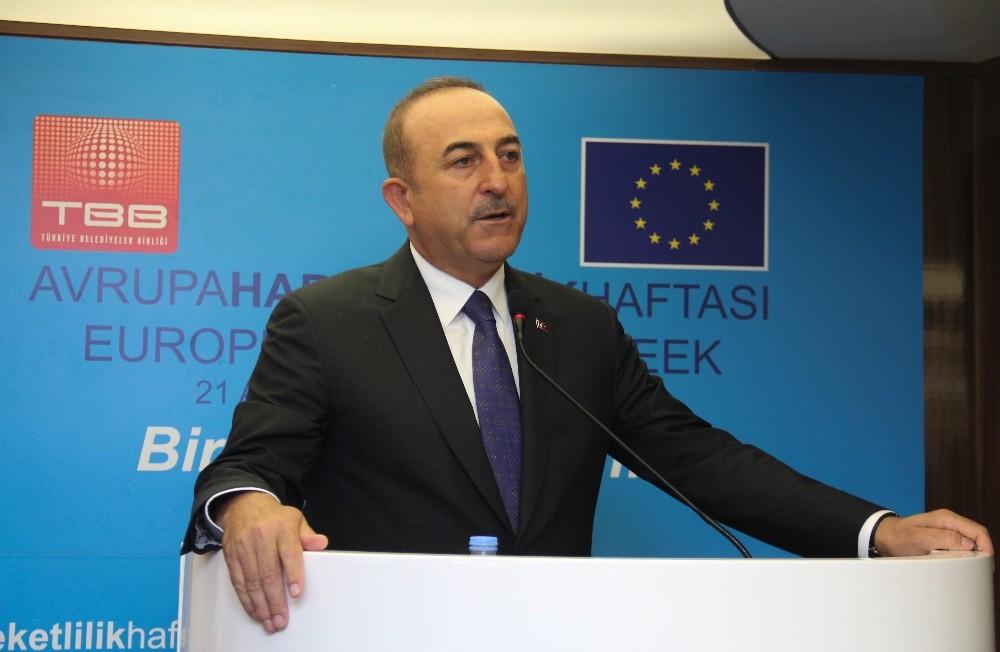 """Bakan Çavuşoğlu: """"Biz AB'ye diyoruz ki birlikte yürüyelim, zorluklar varsa da birlikte aşalım"""""""