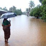 hindistanda saganak muson yagmurlari bin kisi tahliye edildi bbc