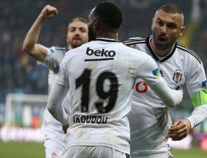 Beşiktaşlı N'Koudou'dan Burak Yılmaz'a asist göndermesi