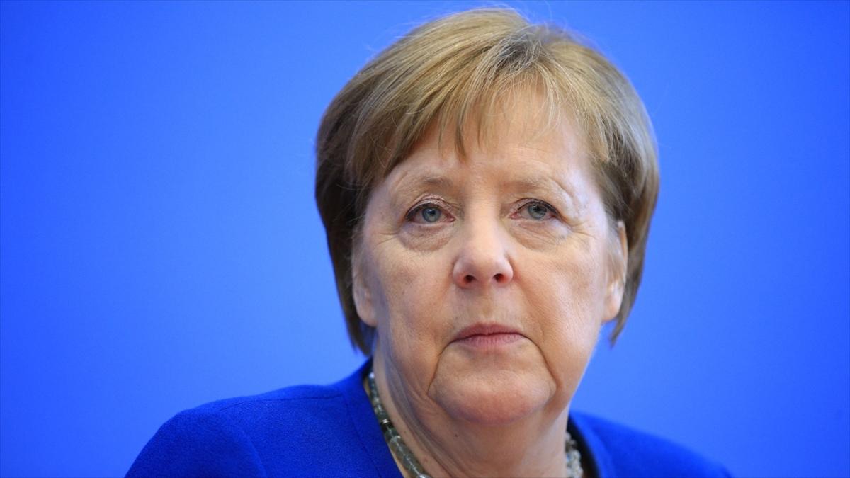 Merkel'den Kovid-19 salgınıyla mücadelede 'uluslararası iş birliği' çağrısı