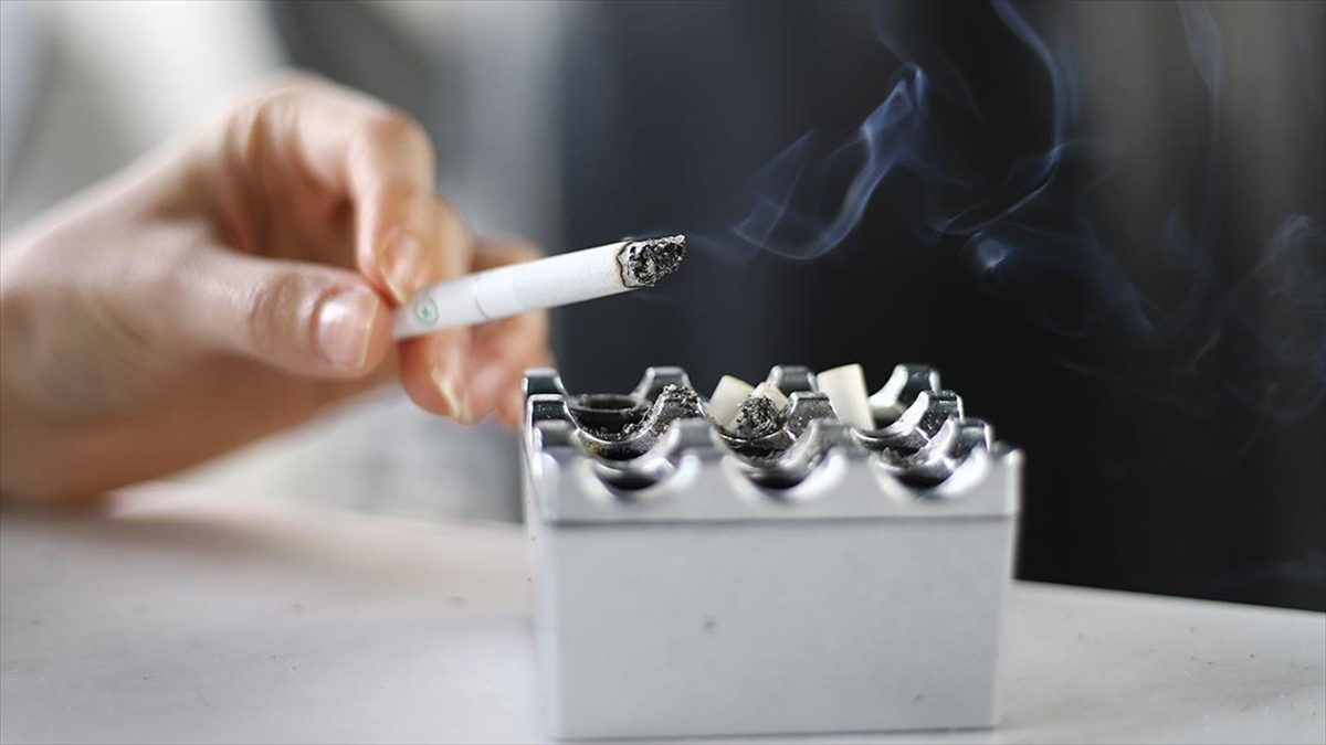Sigara, Kovid-19 için olası bir bulaşma kaynağı