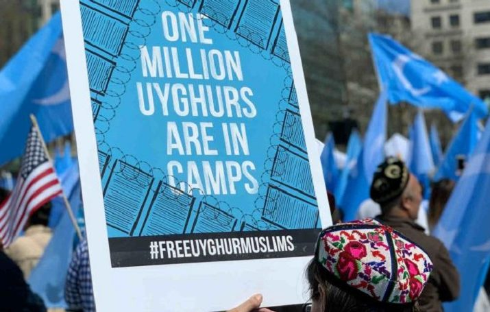 Doğu Türkistan'da kamplara sürülen Uygurların sayısı her geçen gün artıyor