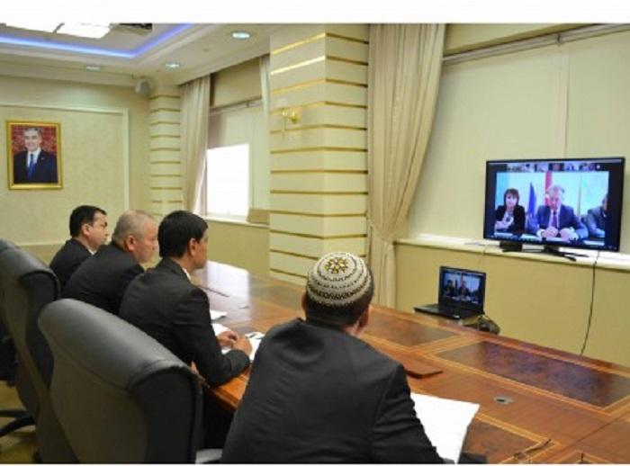 Türkmen-Rus işbirliği