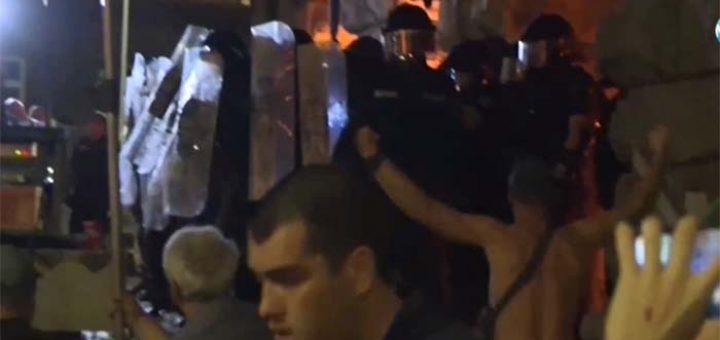 Sofyada protestocular ve polis arasında çatışma çıktı
