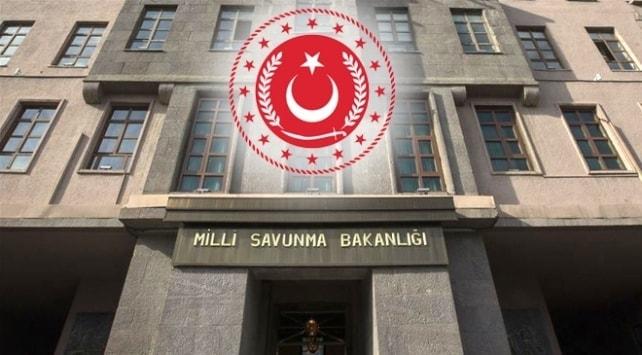 MSB: GÜNEY KIBRIS RUM YÖNETİMİİ'NİN KORGENERALİ, ERMENİ MİLİSLERE VE PKK-YPG TERÖR ÖRGÜTÜ MENSUPLARINA EĞİTİM VERİYOR