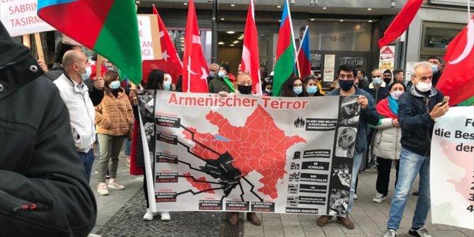 ALMANYA'DA ERMENİSTAN'IN AZERBAYCAN TOPRAKLARINA SALDIRILARINA PROTESTO