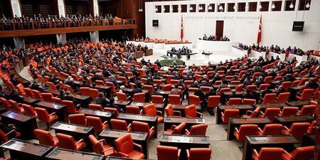 AKP'NİN TBMM GRUBUNDAN ÜST ÜSTE KORONAVİRÜS HABERLERİ