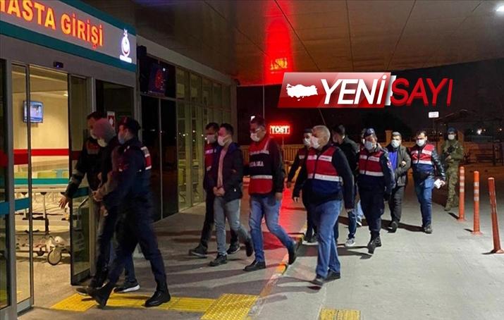 İzmir merkezli 47 ilde dev FETÖ operasyonu: 130 kişi yakalandı!